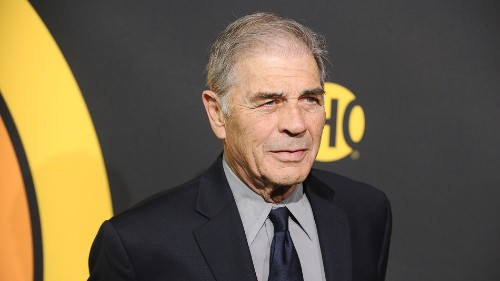 'Breaking Bad' stars and more honor the late Robert Forster in moving tributes