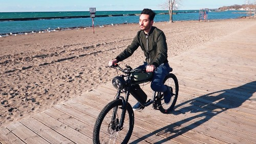 This e-bike combines modern tech with retro motorcycle design — Future Blink