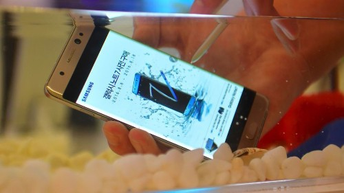 Sigh. Some Samsung Note7 replacements have overheating and battery drain issues