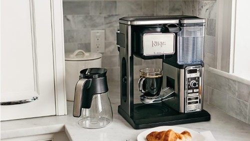 Score the Ninja Coffee Bar on sale for $29 off at Amazon