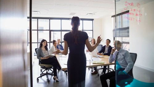 25 lessons on leadership your business can't live without