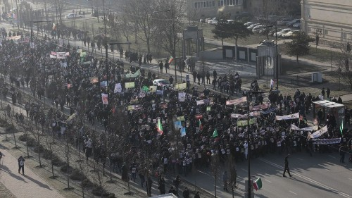 Hundreds of thousands in Russia protest Charlie Hebdo