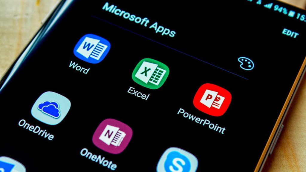 Microsoft Begins Testing An App That Combines All Office Apps Into One