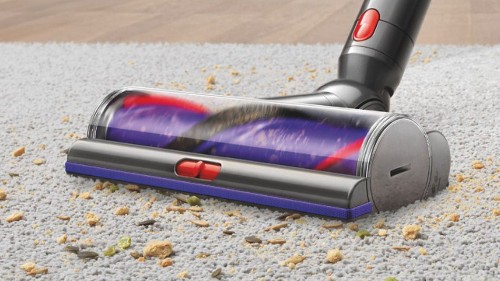 Dyson's V6 Vacuum is $100 off on Amazon