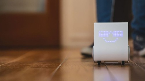 A dancing, laser beam-shooting robot aspires to teach kids how to code
