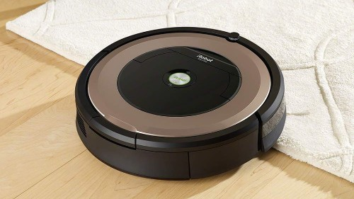 The iRobot Roomba 895 robot vacuum cleaner is almost £300 off in the Amazon Spring Sale