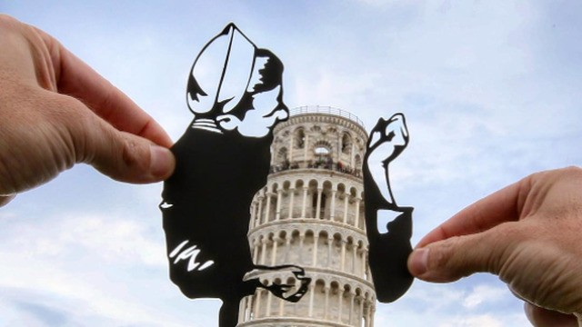 Paper artist transforms historical landmarks into silly scenes