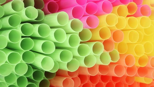 Your guide to navigating the anti-plastic straw movement