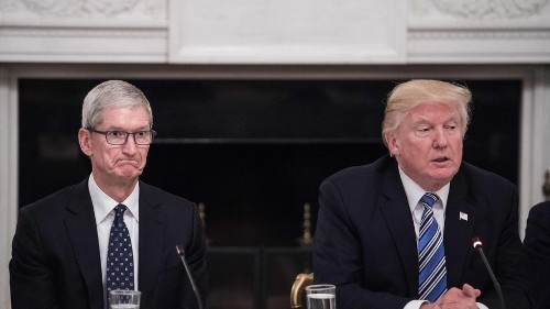 Technical savant Donald Trump gives Tim Cook iPhone design advice