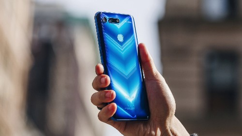 Honor View 20 review: More than just a futuristic hole-punch display