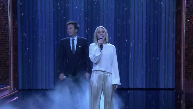 Kristen Bell sings 17 different Disney songs in 5 minutes —including 'Let It Go'