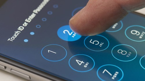 Box that unlocks iPhones is the hottest new gadget for police
