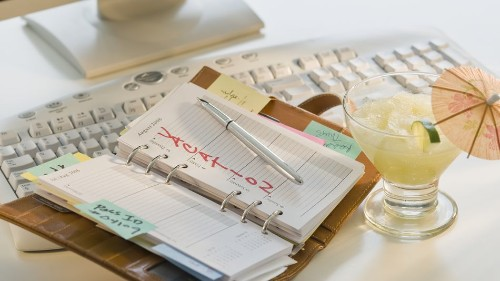 10 ways to have fun when you're stuck in an office this summer