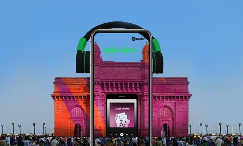 Spotify Collaborates With Snapchat To Bring A Unique AR Experience at the Gateway of India