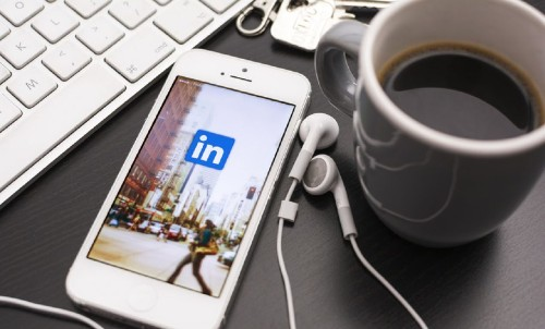 LinkedIn Users Can Now Test And Display Their Skills To Employers