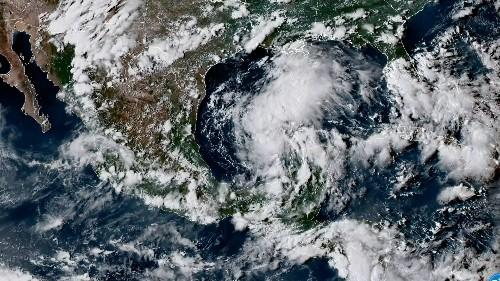 Worst case scenario looms for Texas with Hurricane Harvey