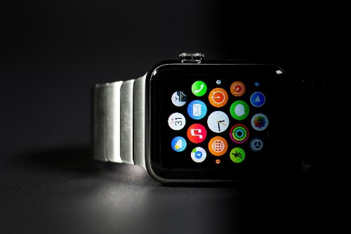 Tons of iOS and watchOS features are on the way, per Bloomberg report - Tech