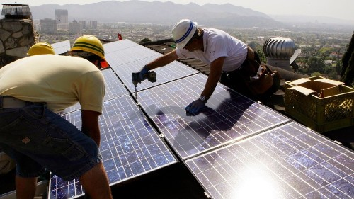 Obama's new solar plan could help renters, low-income families get clean energy