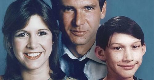 Han Solo, Princess Leia and Kylo Ren finally get a corny family photo