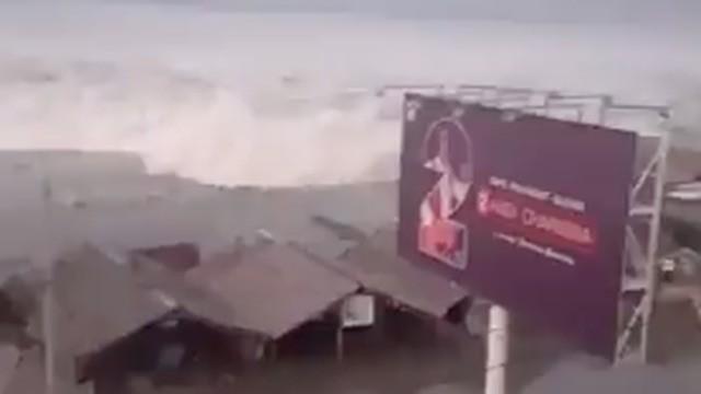 An Indonesian tsunami's devastation captured in new, horrifying video