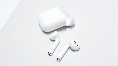 Apple's AirPods are either genius or a complete disaster