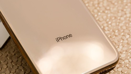 Apple's iPhone will reportedly go notch-less next year