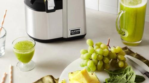 Hurom sale on refurbished juicers — save 20% with code