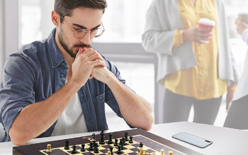 This App-Controlled Chess Board Lets You Challenge Anyone In The World To A Game
