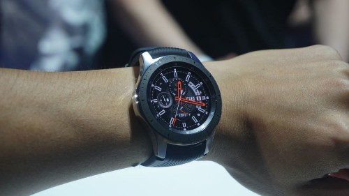 Samsung unveils the stylish Galaxy Watch, with an emphasis on fitness