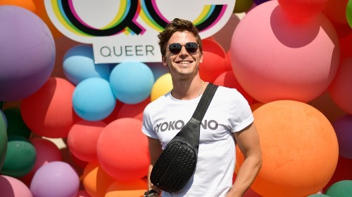 Queer Eye's Antoni Porowski ends up in very relatable meme with Pete Davidson