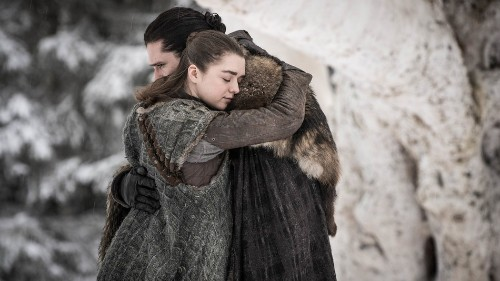 11 flashbacks to the pilot in the 'Game of Thrones' Season 8 premiere