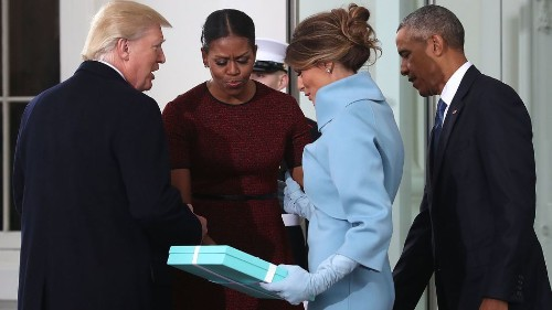 Michelle Obama explains her painfully awkward reaction to Melania Trump's gift