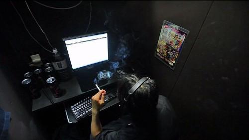 Dark side of Japan revealed in film about Internet cafe living