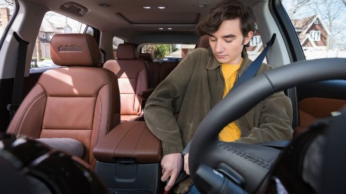 Chevy cars won't let teen drivers start driving until they buckle up