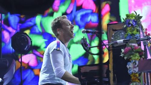 Chris Martin turned a Linkin Park song into a ballad to honor Chester Bennington