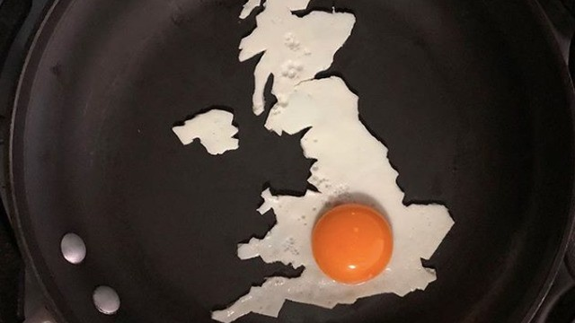 Just when you thought breakfast couldn't get any better, someone creates egg art