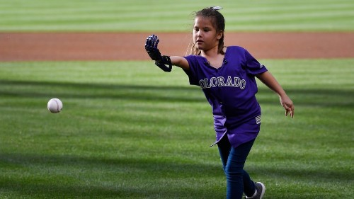 Hailey Dawson's incredible journey to pitch at every MLB stadium with a 3D-printed hand