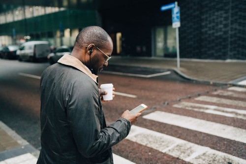 The More We've Embraced Smartphones, The More They've Hurt Us - Tech