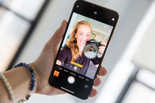 Apple's Upcoming iPhone Will Have A 12-megapixel Selfie Camera: Report