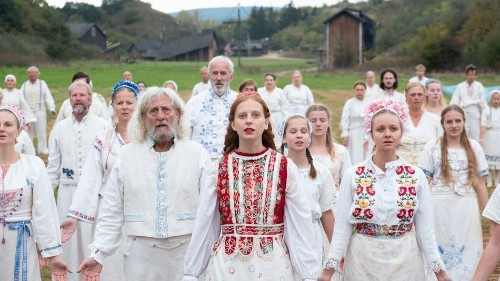 'Midsommar' is a beautiful nightmare that reinvents what horror can be