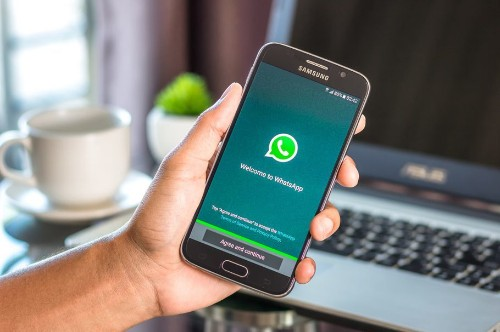 Here's How You Can Enable Dark Mode On WhatsApp Web