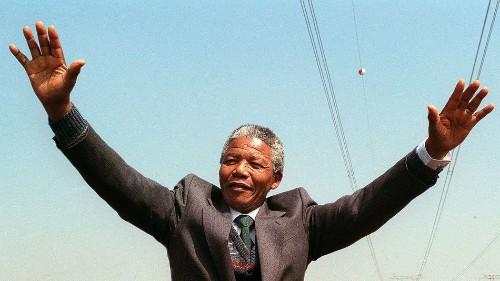 11 Inspiring Moments to Remember Nelson Mandela