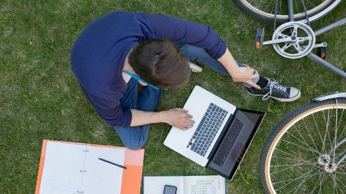 6 free online classes you should consider before going to business school