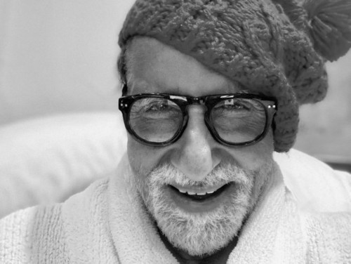 Amitabh Bachchan Has a Hindi Word For 'Selfie' And We Dare You To Pronounce It - Culture