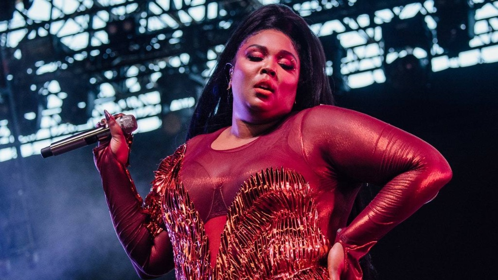 """Unpacking Lizzo's Contentious New """"Truth Hurts"""" Legal Battle"""