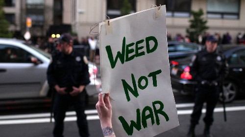 San Francisco Just Gave Jeff Sessions' War on Drugs the Middle Finger