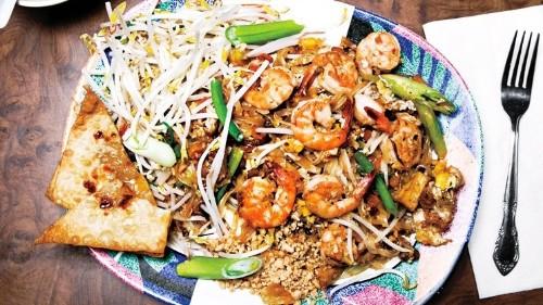 How to Make Pad Thai Like a Chef