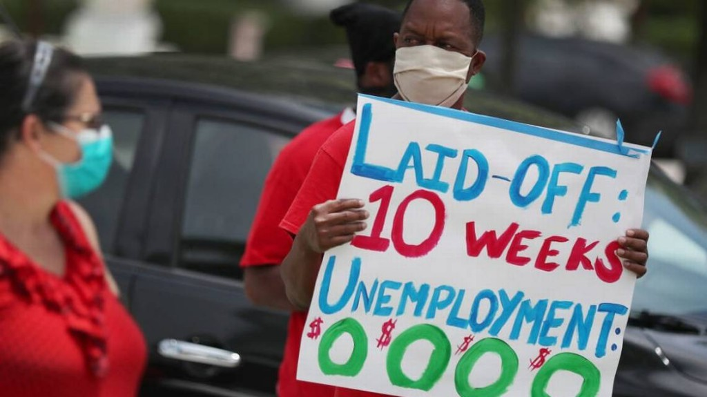 Jobless aid applications dip during holiday hiring, but South Florida economy stays shaky