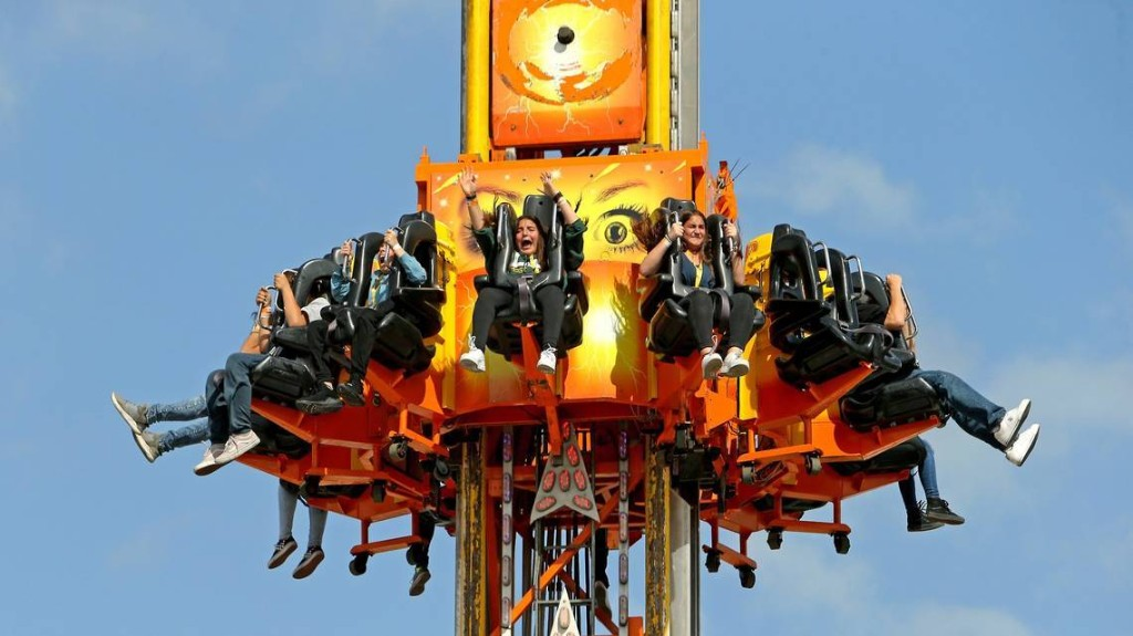 Coronavirus canceled Miami's Fair. But you can spin on these terrifying rides anyway