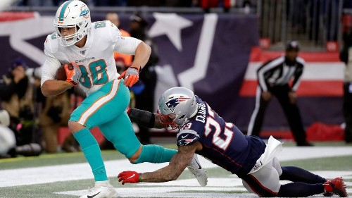 Examining the Dolphins' running backs and tight ends, where they stand and their futures